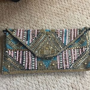 Beaded clutch with optional chain strap